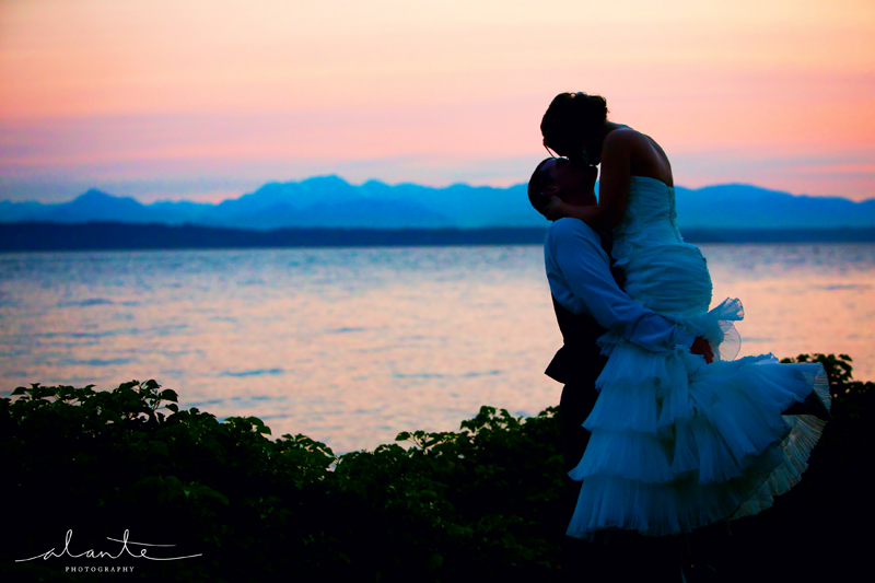 Sunset club seattle wedding