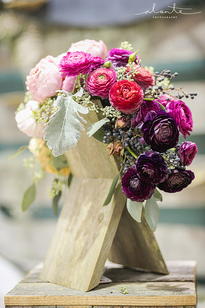 Modern wedding bouquet from Lola Event Floral