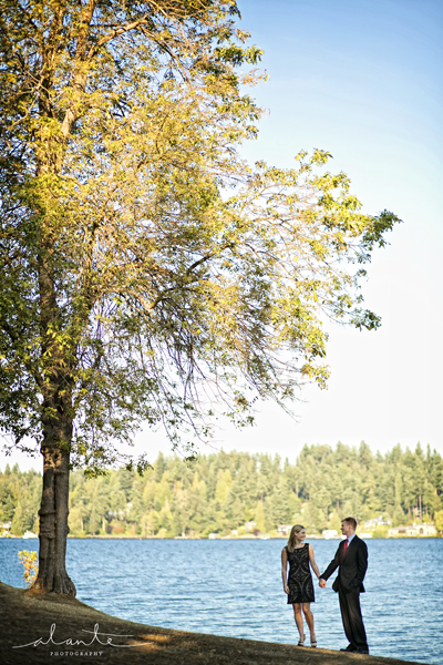 Luther Burbank Park Engagement Session in Seattle www.alantephotography.com