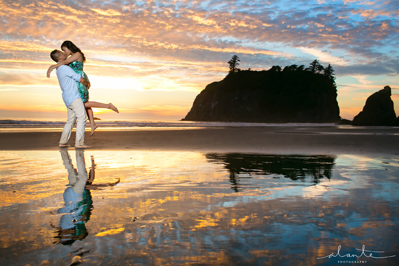 Olympic Peninsula Engagement Photos With a Perfect Ruby Beach Sunset ...